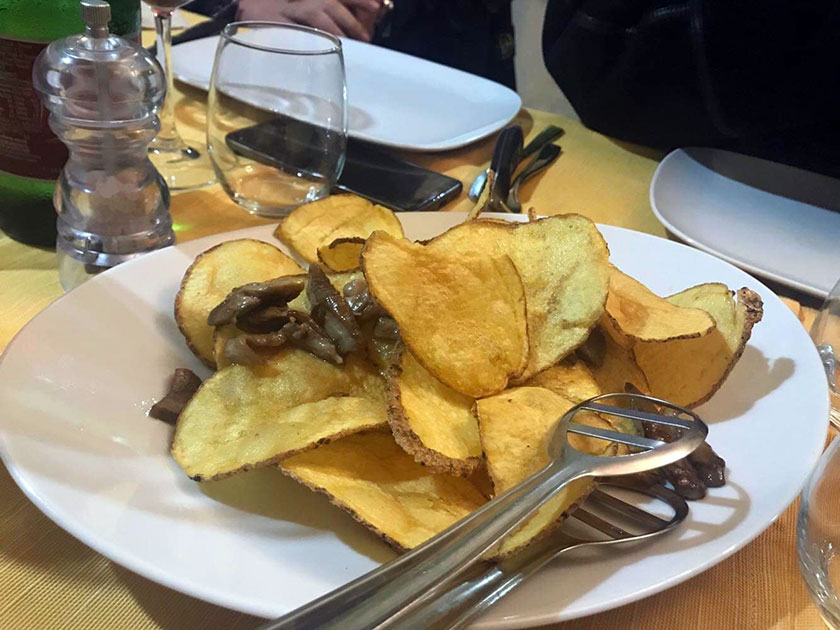 Chips di patate e porcini